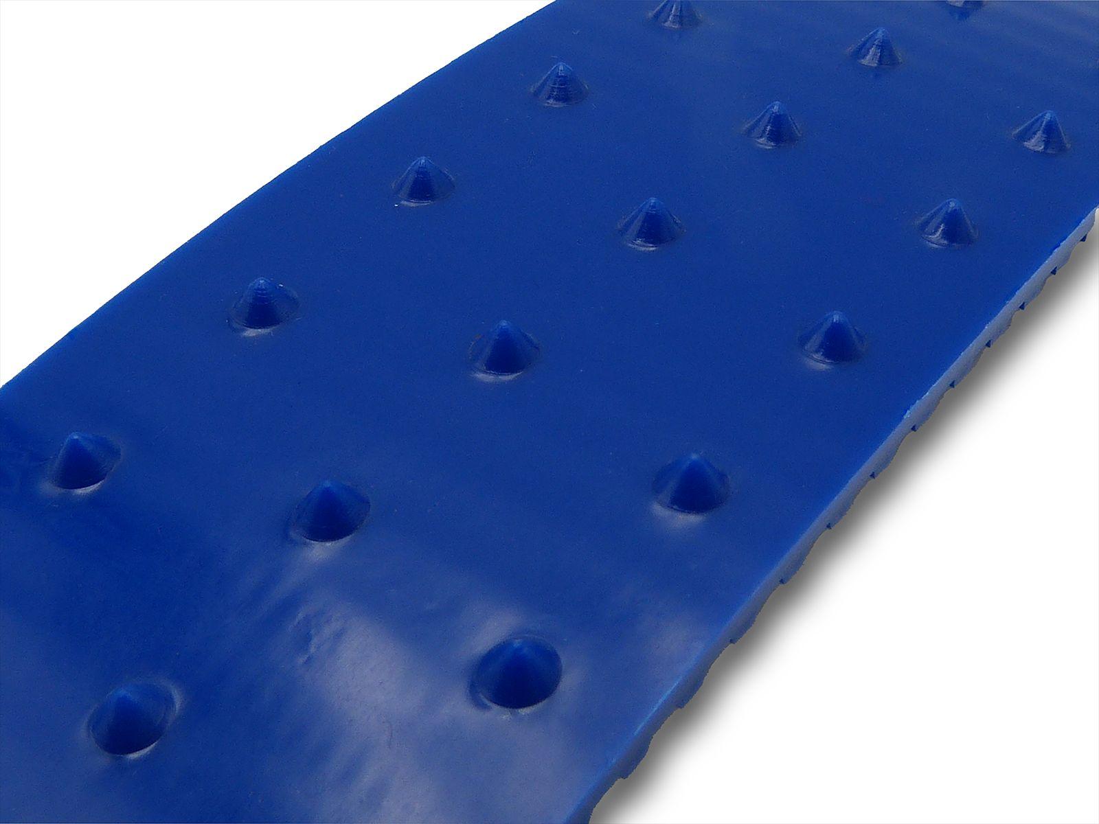 Tasselli di forma conica cono alti 2 mm distanziati di 15 mm