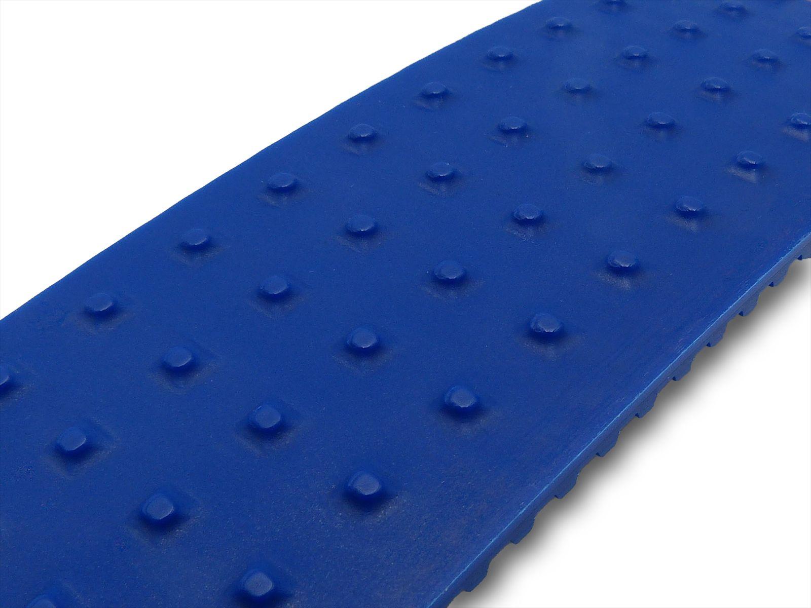 Geometria a borchie tonde da 3 mm e altezza 1,5 mm con interasse quadro 10 mm