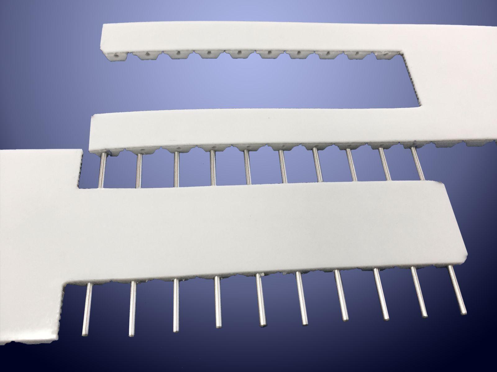 La giunzione mediante spine è un'ottima soluzione per la sostituzione rapida della cinghia