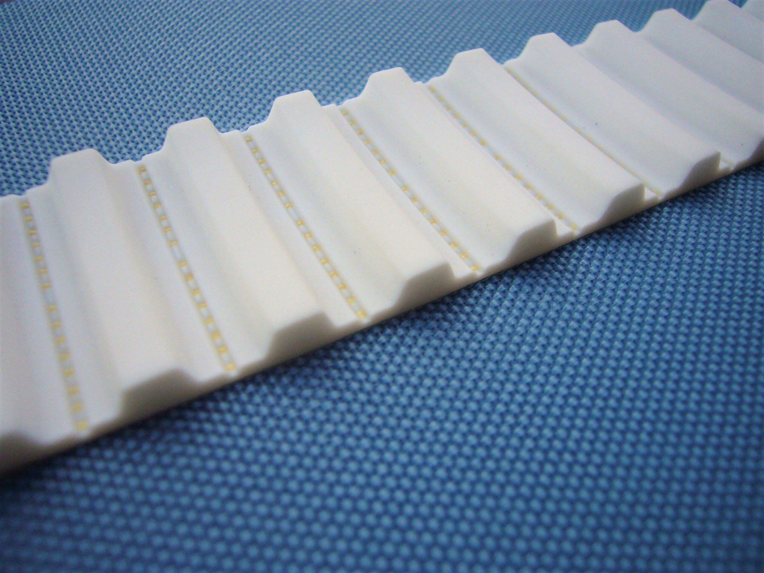 I nastri sincronizzati possono essere realizzati utilizzando materiali a normativa FDA