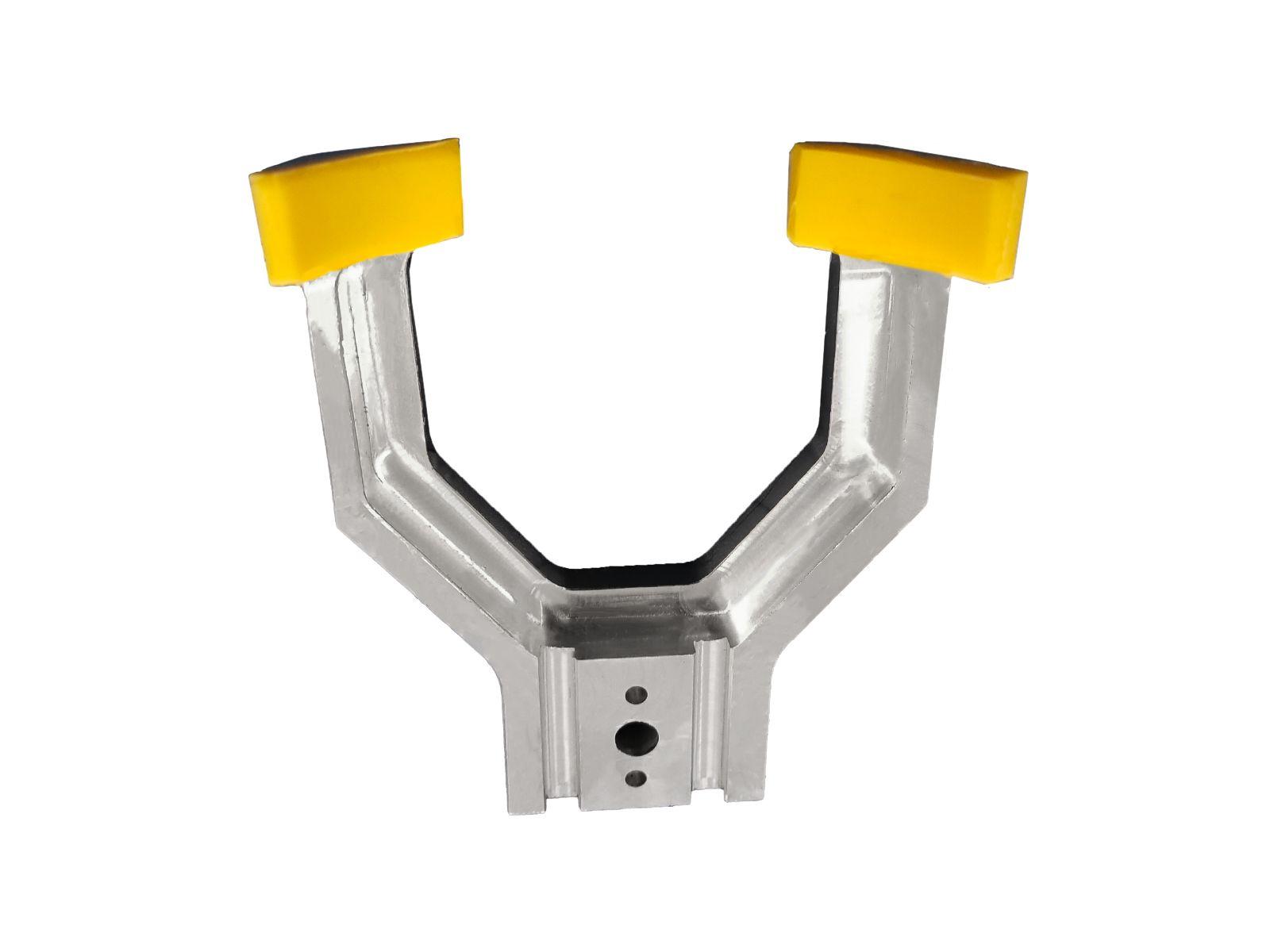 Componente in alluminio con terminali in gomma siliconica per pinza di prelievo prodotto nel settore packaging