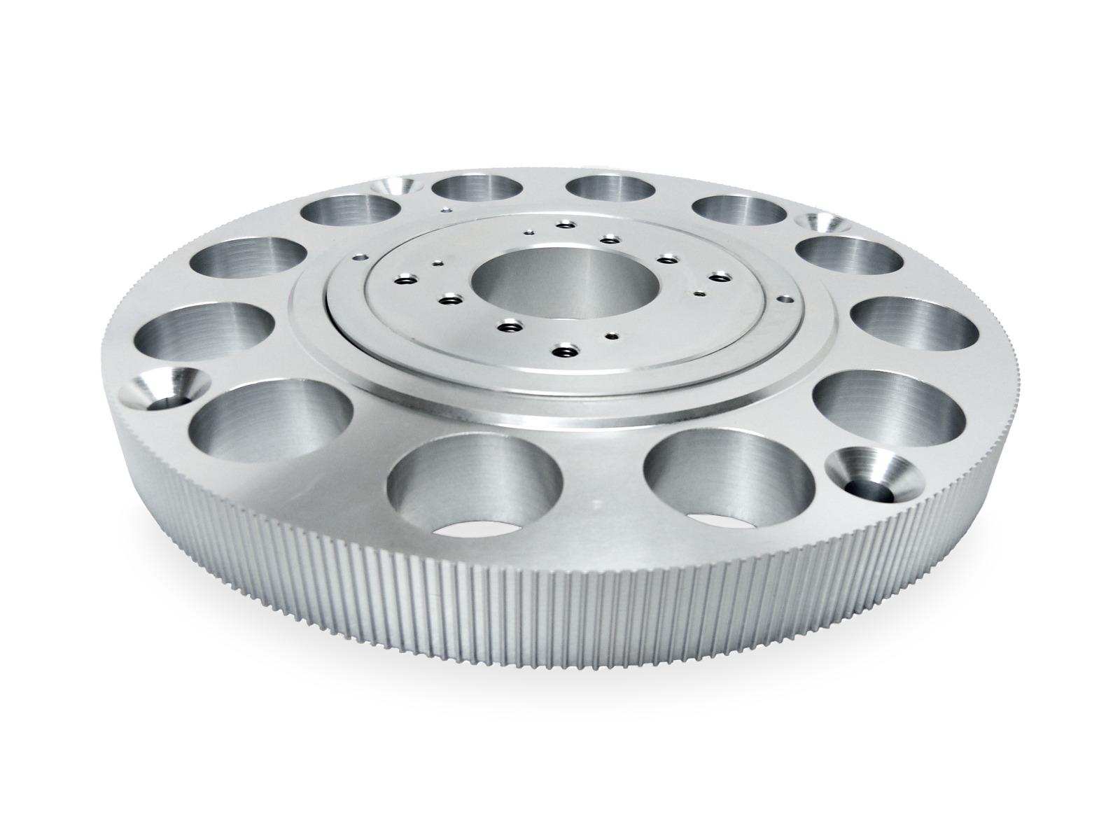 Il cuscinetto assemblato in alluminio dentato per cinghia AT3 permette la rotazione precisa di sistemi radar o di antenne