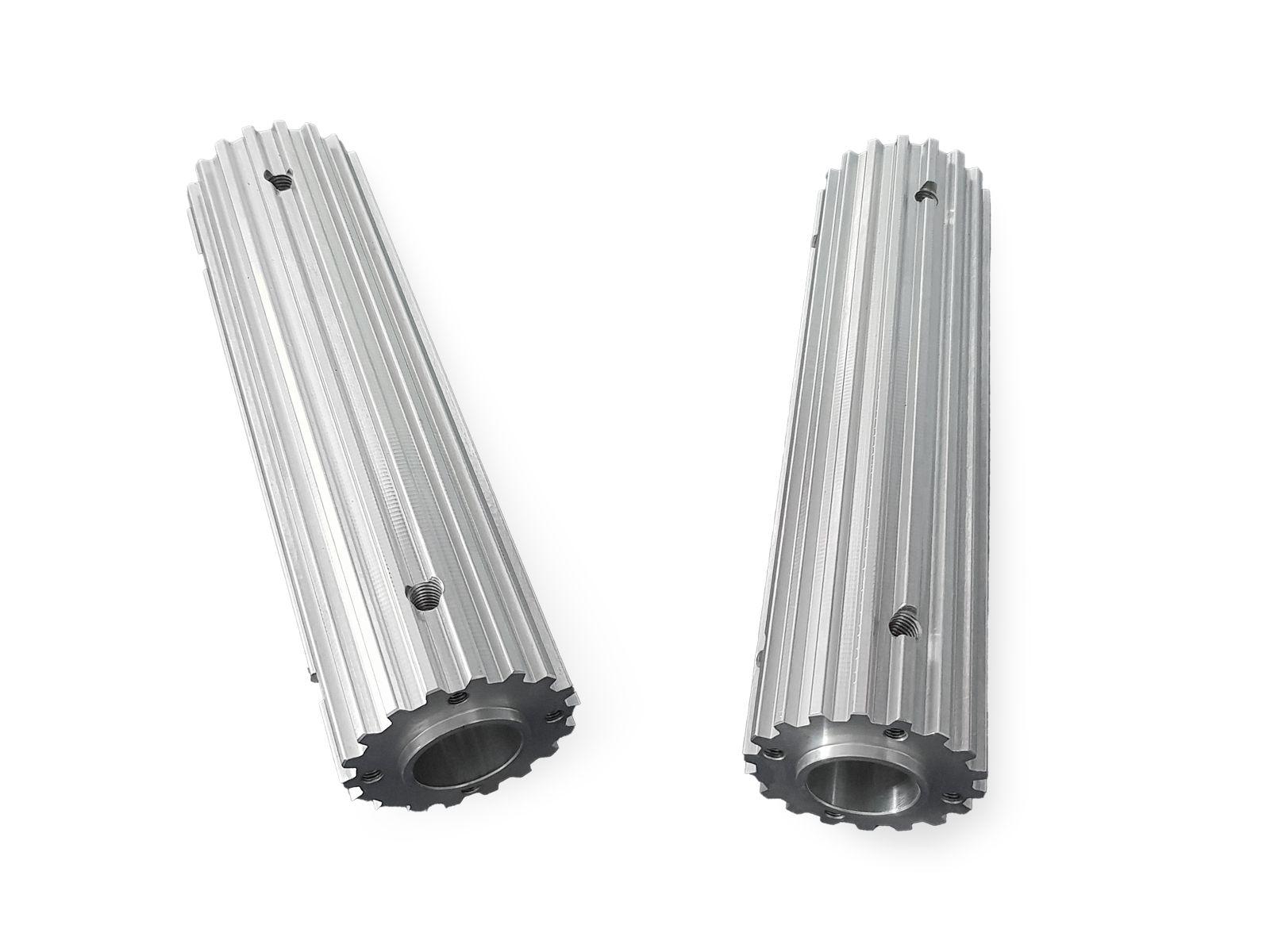 Barre dentate in alluminio per cinghia passo T10 personalizzate con lavorazioni a disegno